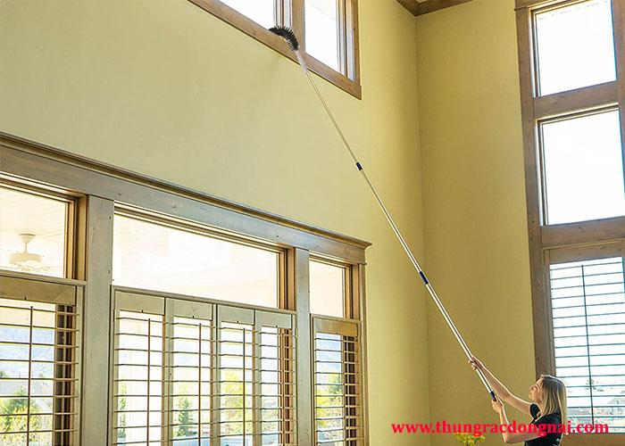 Dụng cụ vệ sinh trần nhà hiệu quả